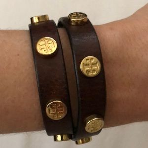 •Tory Burch Brown Leather Wrap Bracelet•